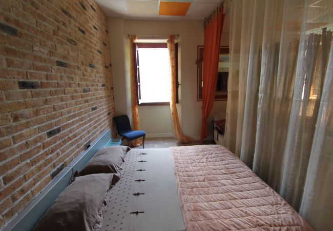Studio in Lezzeno - VECCHIO PORTO 013126 CIM 00015