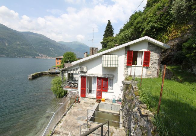 Villa in Lezzeno - Villa Letizia on Lake Como